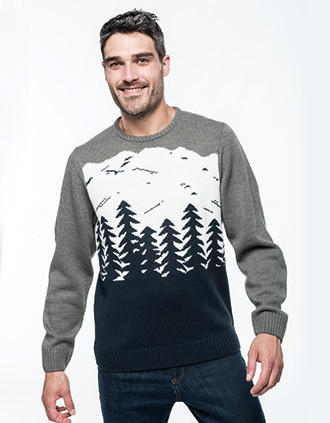 Pullover mit Tannenbaummotiv