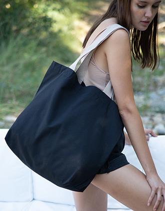 Große Shoppingtasche mit flachem Boden